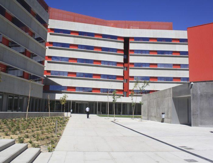 Universidad, colegio y residencia Gregorio Peces Barba